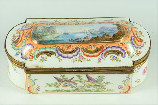 Meissen porcelain box