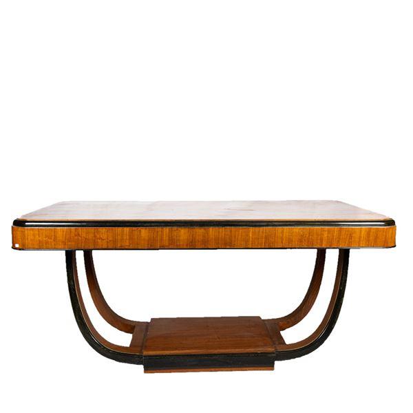 Decò table in walnut and ebonized wood