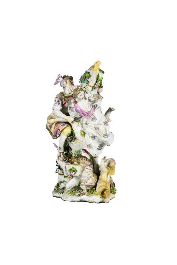 """Gruppo in porcellana inglese policroma di Chelsea, """"Allegoria mitologica"""""""