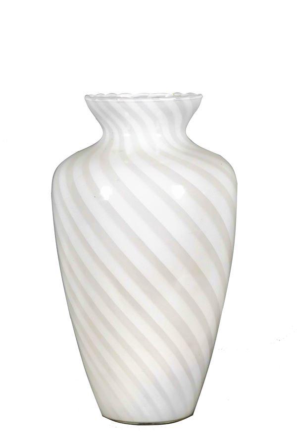 Vaso in vetro di Murano color lattice