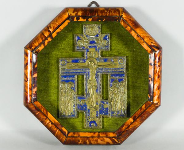 Crucifixion in gilded bronze and blue enamel