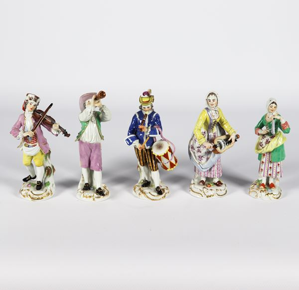 "Five small sculptures in polychrome Meissen porcelain ""Musicians"""