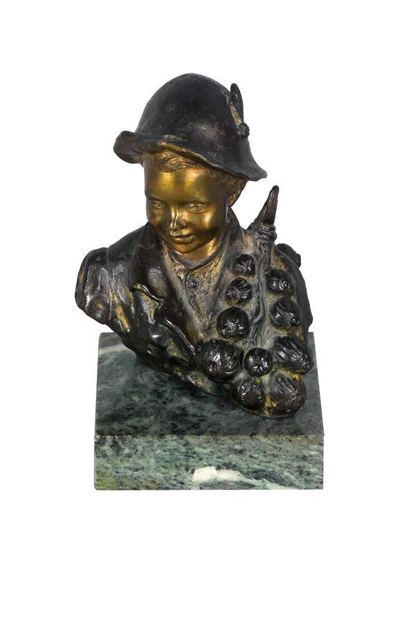 """Giovanni De Martino - Small Neapolitan Bust in bronze """"Scugnizzo"""". Signed."""