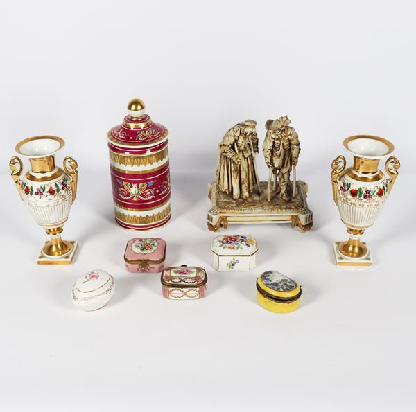 Porcelain lot (9 pcs)