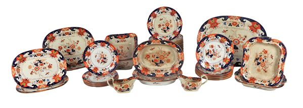 English Victorian earthenware set (62 pcs)