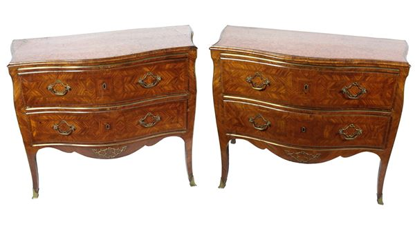 Pair of Louis XV Sicilian chest of drawers in walnut and purple ebony