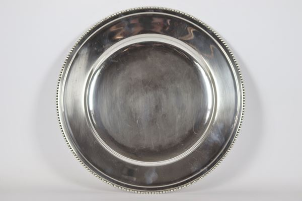 Round tray in silver 1020 g