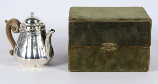 Ancient small oriental coffee pot in silver gr 230