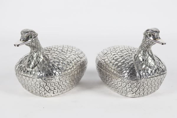 Pair of duck-shaped boxes in 925 Sterling silver 1080 gr
