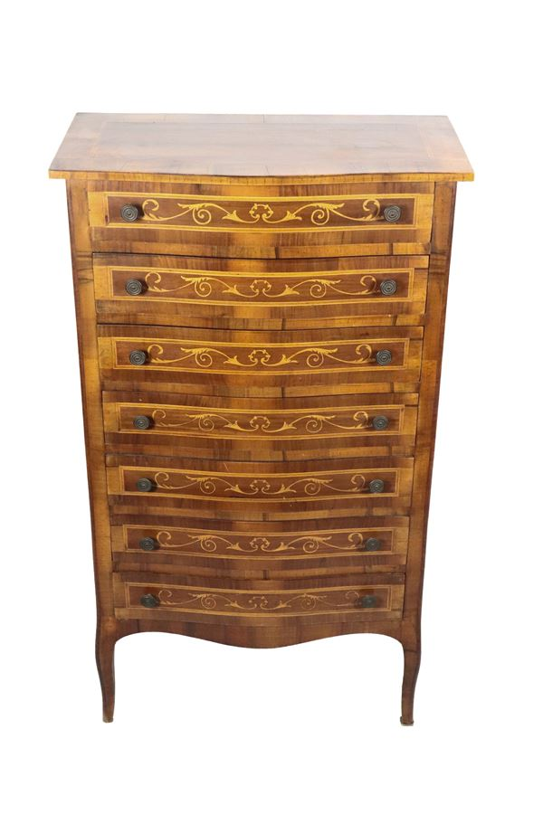Venetian chest of drawers in walnut with floral scrolls inlays