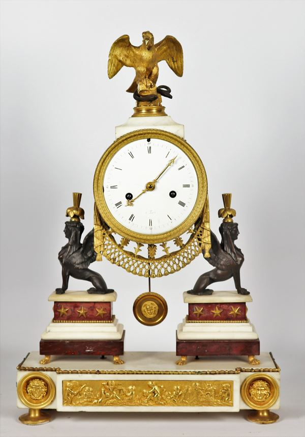 """Retour d'Egypte"" table clock"