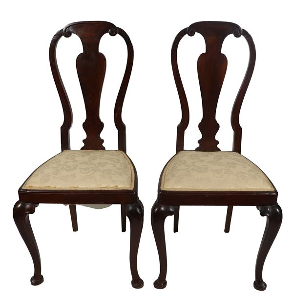 Pair of Emilian chairs in walnut