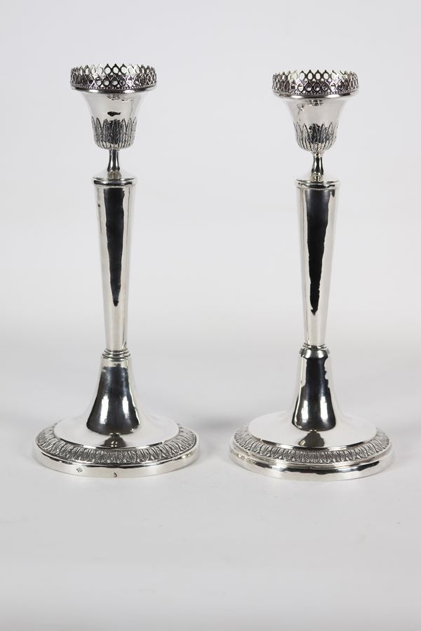 Pair of Roman silver candlesticks Silversmith Paolo Maria Necci 1819 - 1824. Gr 465