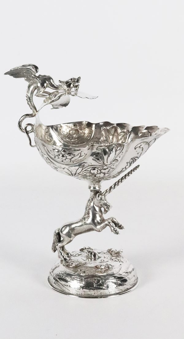"""Silver stand with sculpture of """"Unicorn"""" 340 gr"""