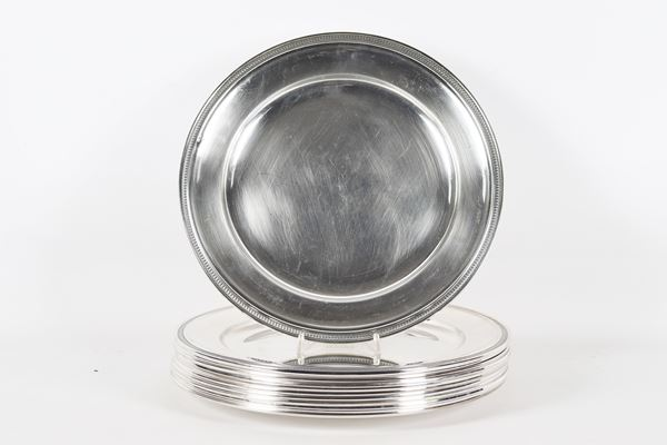 Lot of twelve large silver placemats 9470 gr