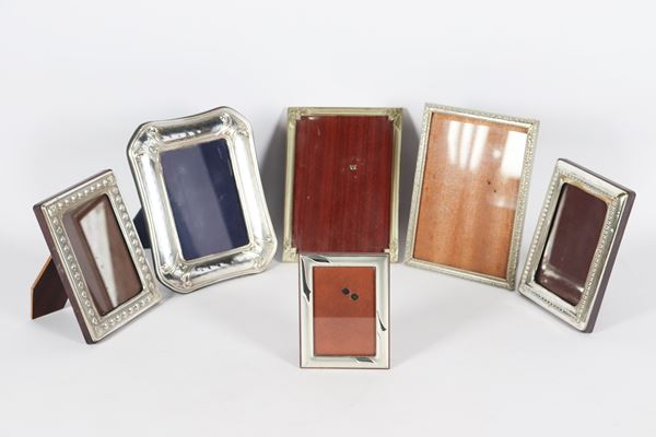 Lot of six small picture frames in silver metal