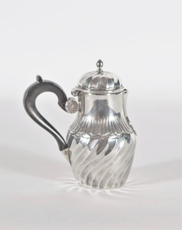 Piccola lattiera in argento gr.117