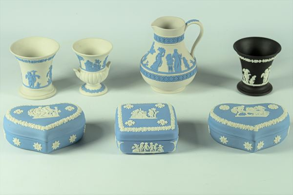 Lotto in porcellana Inglese Wedgwood