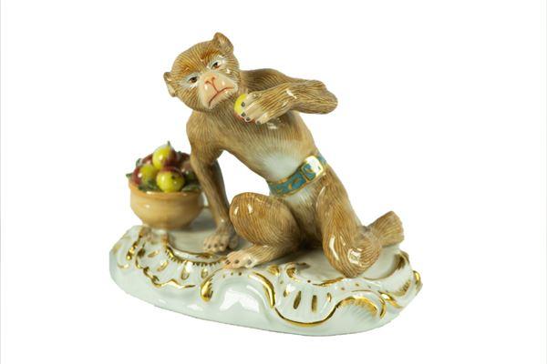 "Meissen porcelain figurine ""Monkey with fruit basket"""