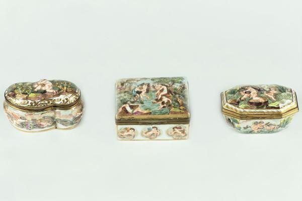 Three small Capodimonte porcelain boxes